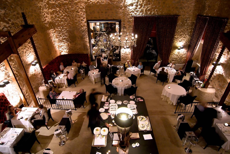 Son-Net-Oleum-Restaurant-03