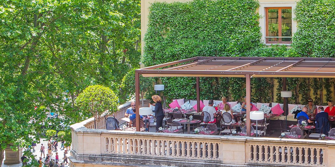 Terraza Restaurante DTKL