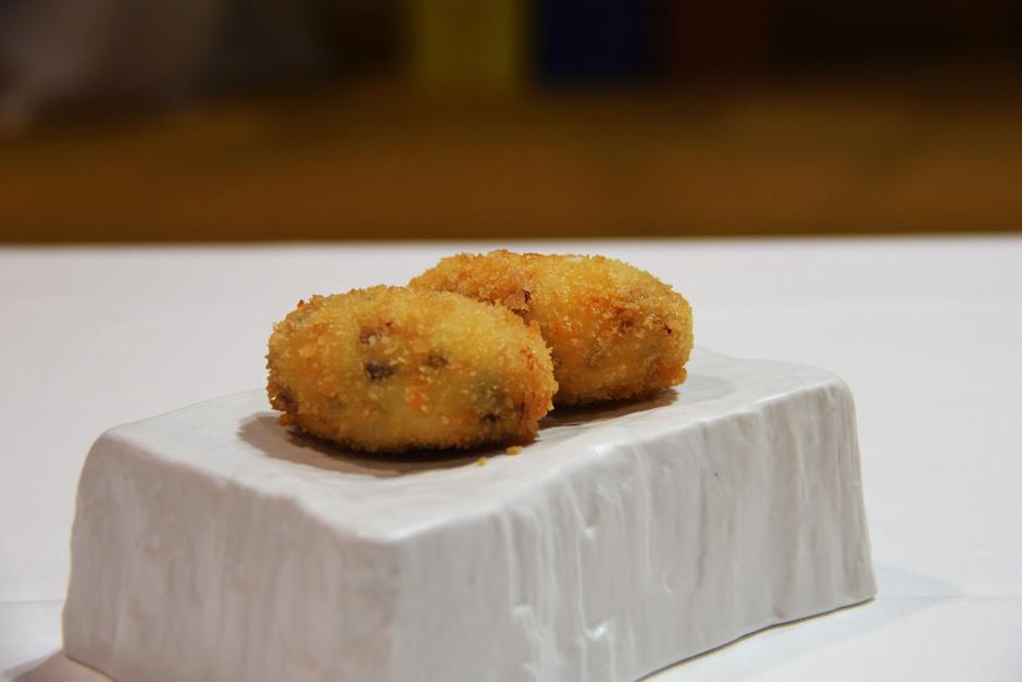 https://www.restaurantesdemallorca.com/wp-content/uploads/2020/01/corquetas-alberto-garcia-esudero.jpg